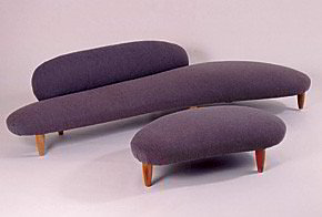 "Isamu Noguchi sukurta ""Sofa-debesis"" (1948). © The Isamu Noguchi Foundation and Garden Museum/ARS, New York and DACS, London 2007"